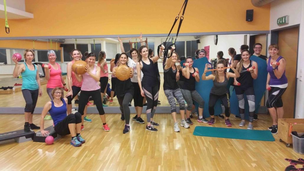 Bewusstgstrein_Group Fitness mit Spaß